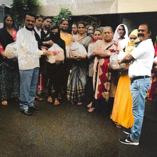 Ration kits to transgender community in Ahmednagar, Maharashtra. With the help of Kineer Blessed & International Association of Human Value